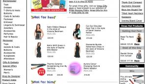 """ASOS trở thành """"thế lực"""" của ngành thời trang Anh nhờ bán hàng qua sàn catwalk ảo"""
