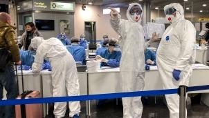 Cập nhật tình hình dịch COVID-19: Nga triển khai xét nghiệm tại sân bay để mở cửa giao thương