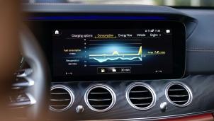 'Cha đẻ' của xế sang Mercedes dùng tiền để giàn xếp vi phạm bằng sáng chế của Nokia