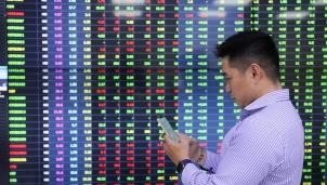 Chứng khoán tháng 4 sẽ chứng kiến mức kỷ lục mới của VN-Index