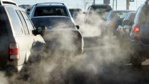 Cục Đăng kiểm Việt Nam áp dụng chuẩn khí thải mới cho xe ô tô lưu hành trên 12 năm