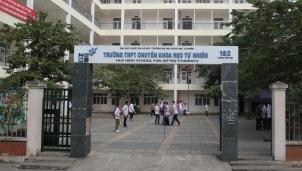 Điểm chuẩn tuyển sinh lớp 10 THPT Trường chuyên Khoa học Tự nhiên thấp nhất trong 5 năm qua