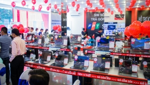 Doanh nghiệp bán lẻ làm gì khi thị trường smartphone bão hoà?