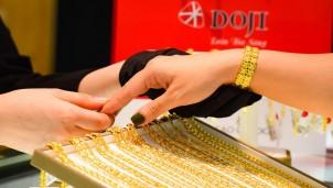 Dự báo giá vàng hôm nay 24/3: Tiếp đà giảm trước sức ép của đồng USD