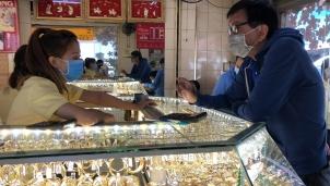 Dự báo giá vàng tuần tới: Tiếp tục chìm sâu về vùng giá thấp