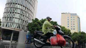 Dự báo thời tiết Hà Nội ngày mai 1/12: Mưa rải rác và trời rét trở lại từ chiều tối