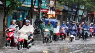 Dự báo thời tiết Hà Nội ngày mai 16/8: Ngày nắng nóng, chiều tối có mưa dông