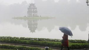 Dự báo thời tiết Hà Nội ngày mai 23/12: Ngày trời rét kết hợp với mưa mù nhẹ gây cảm giác tê buốt