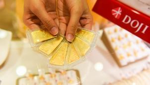 Giá vàng hôm nay 10/7: Quay đầu giảm sau 2 ngày trên đỉnh mới của thế giới