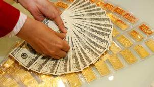 Giá vàng hôm nay 20/11: Tiếp đà giảm nhẹ 50 nghìn đồng mỗi lượng giao dịch ổn định