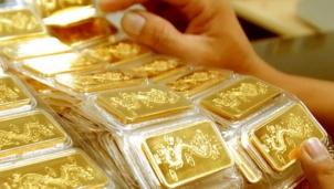 """Giá vàng hôm nay 27/10: Tiếp tục """"bốc hơi"""" 100 nghìn đồng mỗi lượng tại phiên mở cửa"""