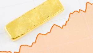Giá vàng hôm nay 5/8: Tiếp đà đi lên do căng thẳng thương mại Mỹ - Trung