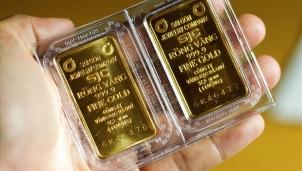 Giá vàng hôm nay 8/10: Áp lực từ dòng Twitter của ông Trump vàng giảm ngay 150 nghìn đồng mỗi lượng