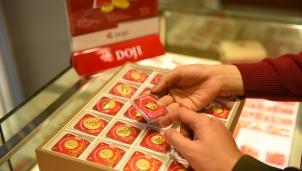 Giá vàng hôm nay 9/7: Tiếp đà tăng thị trường xác lập đỉnh lịch sử mới