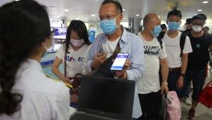 Hành khách bay tuyến nội địa phải khai báo y tế online mới được lên máy bay