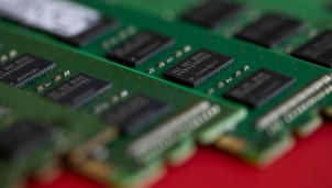 """Hyundai tìm kiếm cơ hội phục hồi trong """"khủng hoảng"""" chip bán dẫn toàn cầu khi hợp tác với Samsung"""