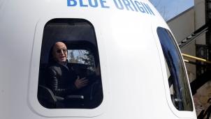 Jeff Bezos: Hành trình 27 năm từ của hàng sách nhỏ đến 'đế chế' thương mại toàn cầu