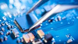 """""""Khủng hoảng"""" chip trên toàn cầu có thể sẽ """"khai tử"""" các công ty công nghệ nhỏ"""