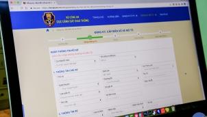 Người dân sẽ thực hiện đăng ký ô tô, xe máy trực tuyến từ ngày 15/8