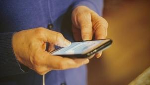 Nhà mạng viễn thông nào ở Việt Nam làm hài lòng nhất với người dùng dịch vụ?