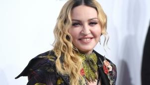 """""""Nữ hoàng nhạc pop"""" Madona bị Instagram xoá vì thông tin sai về dịch COVID-19"""