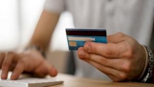 """""""Sứ mệnh"""" giao dịch tài chính của thẻ ATM sử dụng băng từ sẽ kết thúc vào ngày 31/3"""