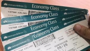 Tăng mức giá sàn vé máy bay - Đừng tạo áp lực chi phí với người dân