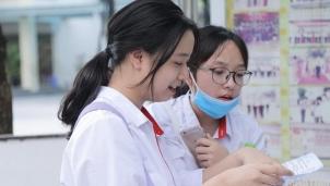 Tuyển sinh lớp 10 năm học 2021-2022: Hà Nội công bố điểm chuẩn các trường chuyên