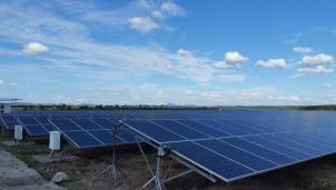 Vấn đề cấp bách trong xử lý tấm pin điện mặt trời