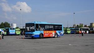 Vingroup sắp làm xe buýt thông minh chạy bằng năng lượng điện ở Hà Nội