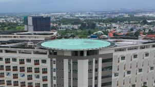 Bệnh viện Ung bướu hiện đại, có sân đậu trực thăng