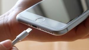 Cách kiểm tra pin iPhone đã được sạc lại bao nhiêu lần
