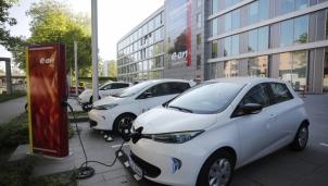 EC loại bỏ hoàn toàn ô tô sử dụng động cơ đốt trong vào năm 2035