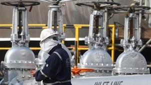 Liên minh OPEC+ sẽ nâng sản lượng thêm 400,000 thùng/ngày
