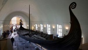 Na Uy khai quật tàu Viking cổ đầu tiên sau hơn một thế kỷ dưới lòng đất
