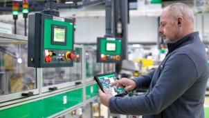 """""""Nhà máy thông minh là tương lai của mọi doanh nghiệp sản xuất"""""""