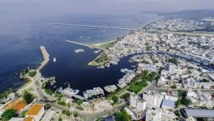 Phú Quốc lên thành phố, người dân mong mỏi điều gì?