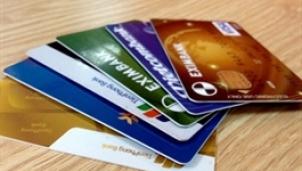"""Chỉ thị 02 chặn đường """"làm ăn"""" của dịch vụ rút tiền thẻ tín dụng"""