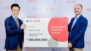 Thầy giáo 4 lần đạt điểm tuyệt đối IELTS nhận học bổng của Hội đồng Anh
