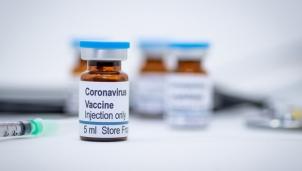 Vaccine ngừa corona được Quỹ Bill & Melinda Gates ủng hộ bắt đầu thử nghiệm lâm sàng