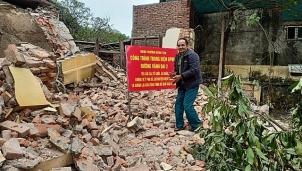 Yêu cầu khôi phục nguyên trạng trạm phát sóng Bạch Mai