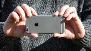 iPhone 6S bất ngờ được nằm trong danh sách cập nhật iOS 15 sau 6 năm ra mắt
