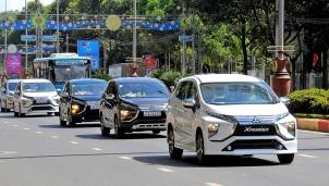 Mua xe dịp tết, khách hàng có cơ hội hưởng chính sách giảm 50% phí trước bạ