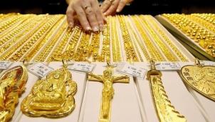 Dự báo giá vàng SJC trong nước ngày 15/3: 'Vùng vẫy' thoát đáy