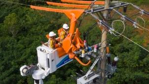 Dịp nghỉ lễ 30/4-1/5, Tập đoàn Điện lực Việt Nam đảm bảo cung cấp điện an toàn trên cả nước