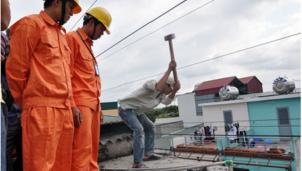 Hà Nội phấn đấn đến năm 2025 không còn điểm vi phạm hành lang an toàn lưới điện