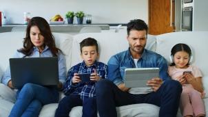 Cách phòng ngừa trẻ em tải những ứng dụng game trả phí trên Google Play Store