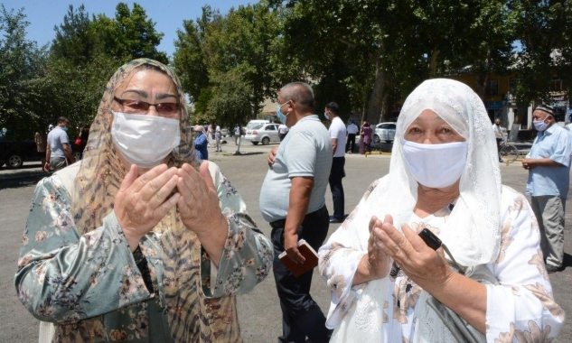 Cập nhật tình hình dịch COVID-19: Uzbekistan khuyến khích người dân đi bộ để nâng cao sức khoẻ