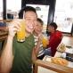 """Tiệm """"Bánh mì Xin chào"""" của người Việt khiến người Nhật thích thú"""