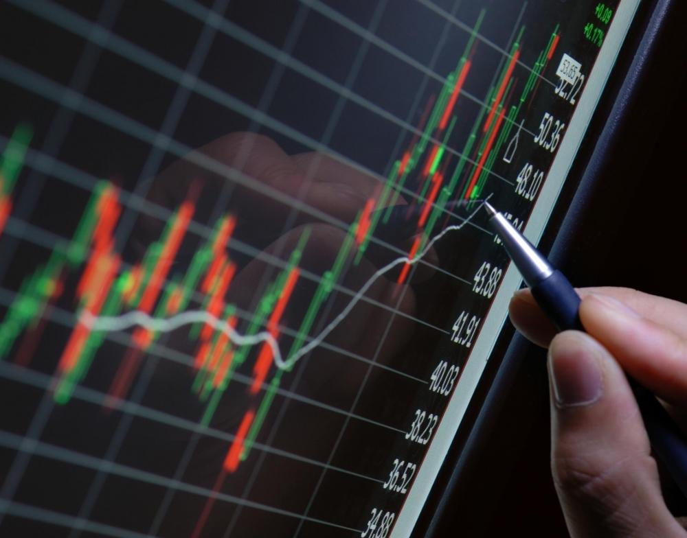 """Bên cạnh các mã phân bón bất ngờ """"nổi sóng"""" là các mã cổ phiếu công nghệ góp phần kích tăng cho VN-Index"""